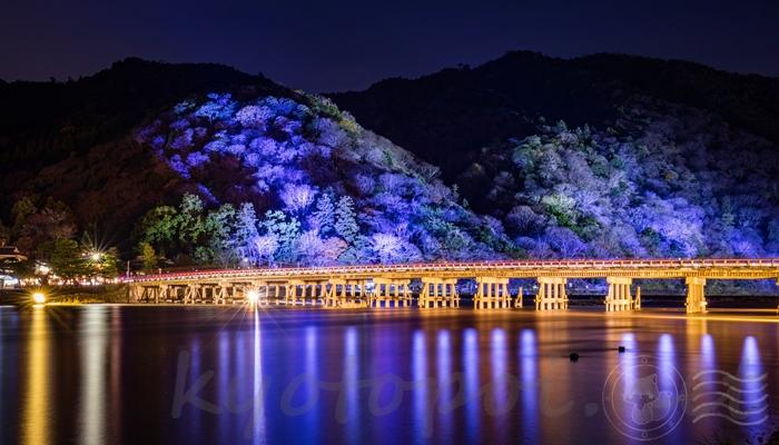 嵐山花灯路の渡月橋