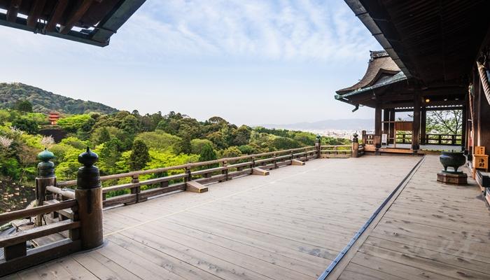 京都の世界遺産 清水寺の本堂 清水の舞台