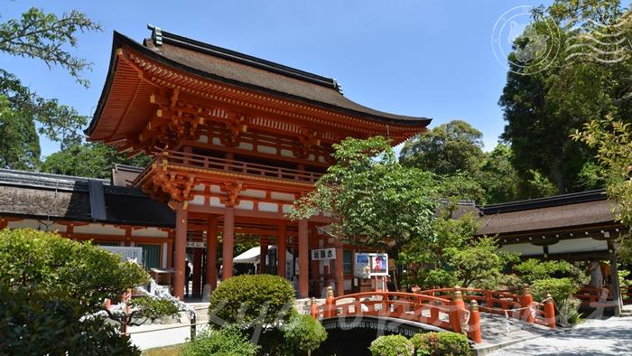 京都の世界遺産 上賀茂神社(賀茂別雷神社)の楼門