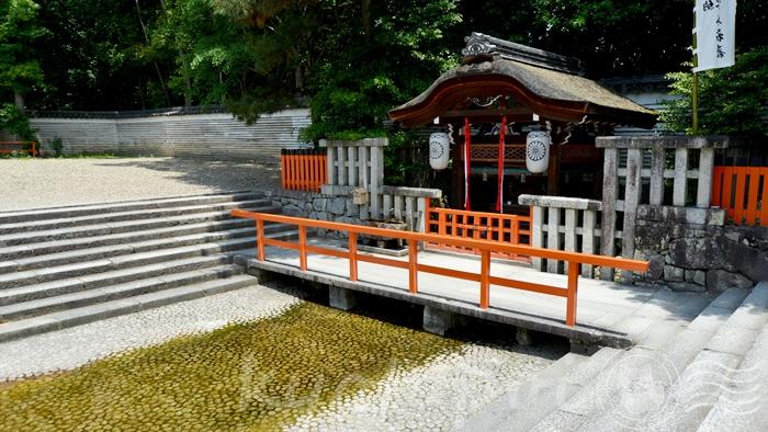 京都の世界遺産 下鴨神社(賀茂御祖神社)の御手洗社
