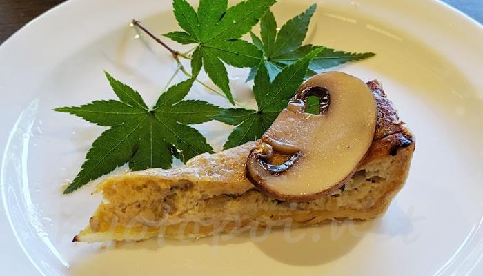 南禅寺菊水のアフタヌーンティー キノコのキッシュ