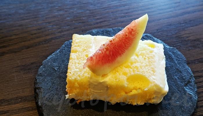 南禅寺菊水のアフタヌーンティー イチジクのケーキ
