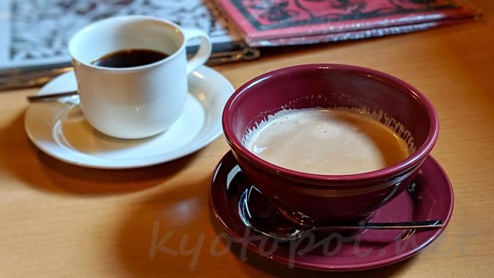 京都祇園のカフェオパール カフェラテ&今月のコーヒー