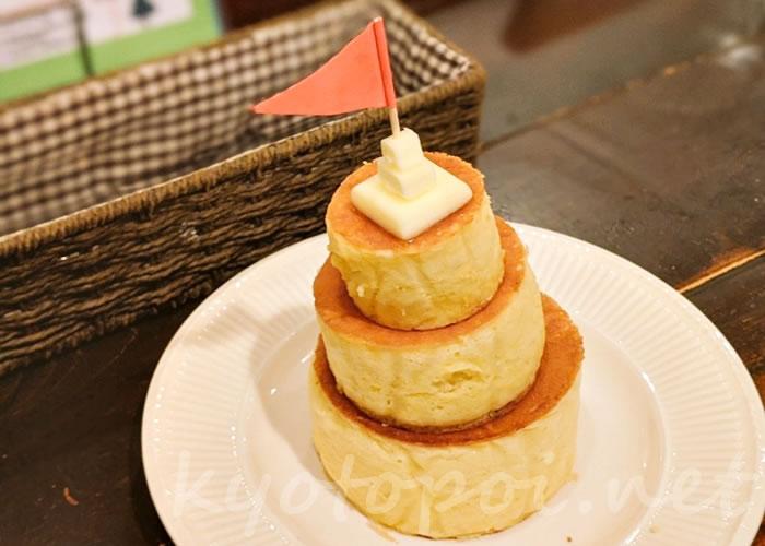 京都ブルーファーツリーのトリプルホットケーキ