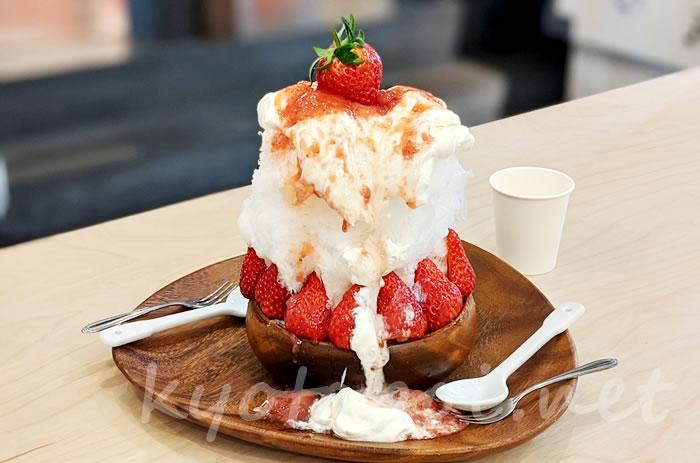 ダイワ京都本店の生イチゴかき氷