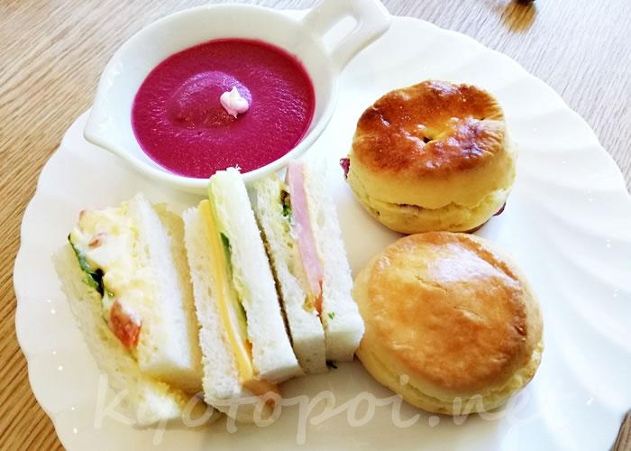 グランドプリンスホテル京都のアフタヌーンティー サンドイッチ・スコーン・ムース