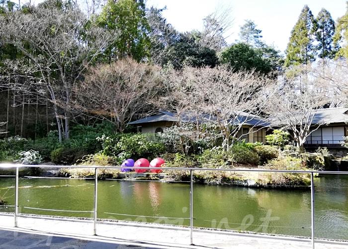 グランドプリンスホテル京都ロビーラウンジ水の音から日本庭園の景観