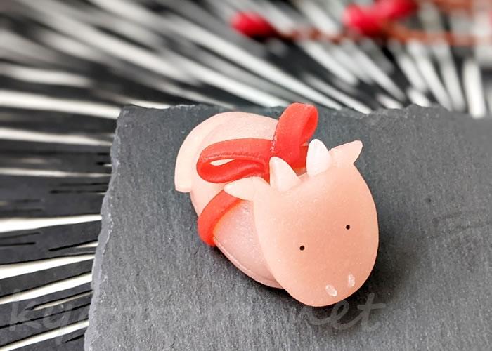 ニキニキ季節の生菓子 2021年1月の牛(丑)
