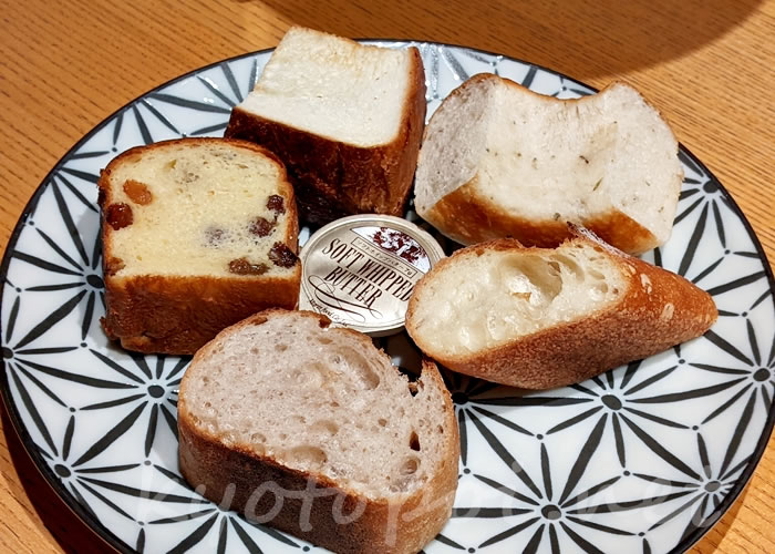 パンとエスプレッソと嵐山庭園 パン5種