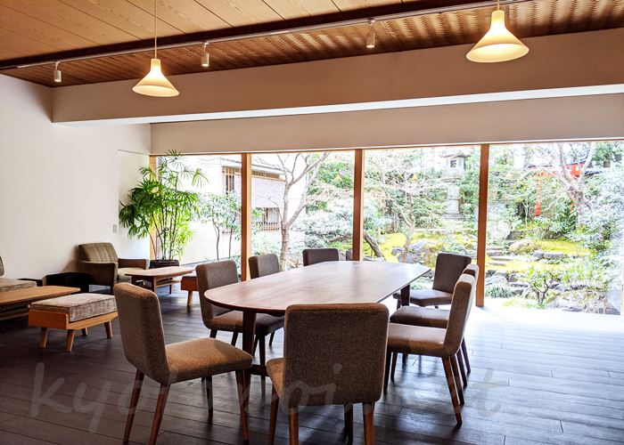 東山~高台寺 cafe KawataRo(カフェかわたろう)店内
